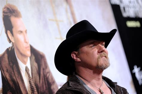trace adkins lincoln lawyer trace adkins in quot lincoln lawyer quot premiere zimbio