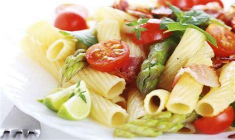 alimenti per il colesterolo alto colesterolo quali cibi mangiare quali evitare vivi puro
