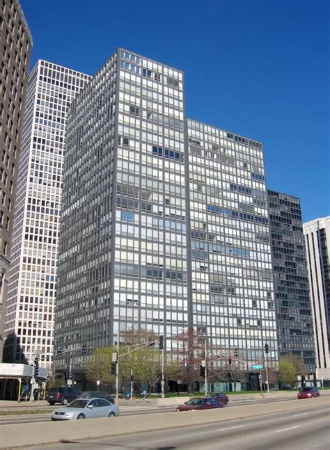 Lakeshore Appartments by 860 880 Lake Shore Drive Apartments