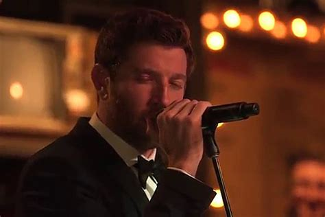 brett eldredge fan club brett eldredge channels sinatra during christmas classic