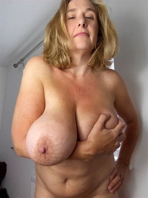 Amazing Big Mature Tits Lookinginutcounty