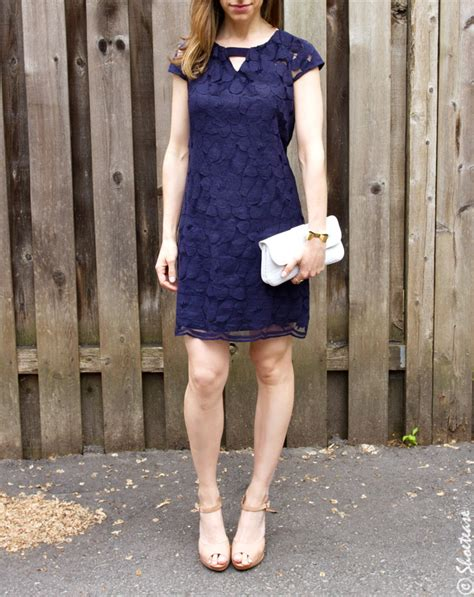what color shoes to wear with navy dress what color shoes with navy dress question answered