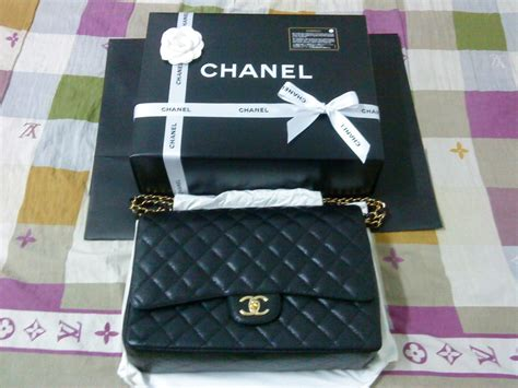 New Chanel Maxi 28x17x9cm Semiori sold chanel maxi classic flap bag with gold hardware 100 auth new