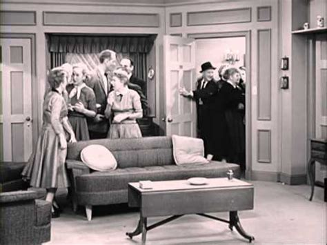 i love lucy living room flower parry i love lucy ssn ep homecoming on daves mid