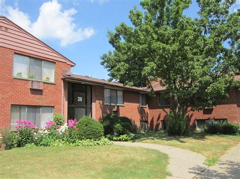 Garden Apartments Ny Grecian Gardens Apartments Rochester Ny Apartment Finder