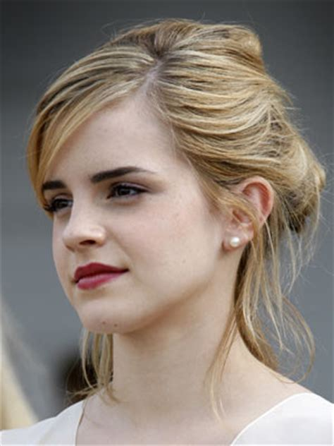 see pics harry potter's emma watson in 1950s inspired