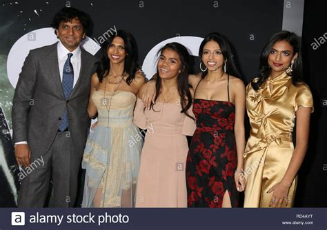 Bhavna Vaswani And M Night Shyamalan Stock Photos & Bhavna ... M Night Shyamalan Daughters