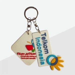 Gantungan Kunci Kado Wisuda Graduation Gift sablon kaos percetakan murah surabaya