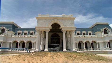 queen of versailles house queen of versailles couple says they ll finish 90 000 square foot florida super