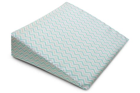 Pillow Triangle Wedge by Best Pregnancy Pillow In 2016 And It S Benefits