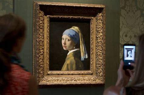 comprar cuadro la joven de la perla cuadros la jornada la joven de la perla de vermeer regresa a su casa donde es m 225 s bella