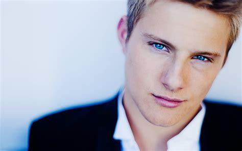 film blue eyes alexander ludwig best movies and tv shows