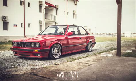 bmw e30 slammed chapter two slammed bmw e30 coupe