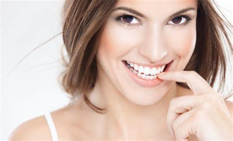Pemutihan Gigi beautiful smile pro dan kontra pemutihan gigi pada gigi