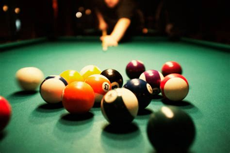 pool table to play the best places to play billiards in toronto