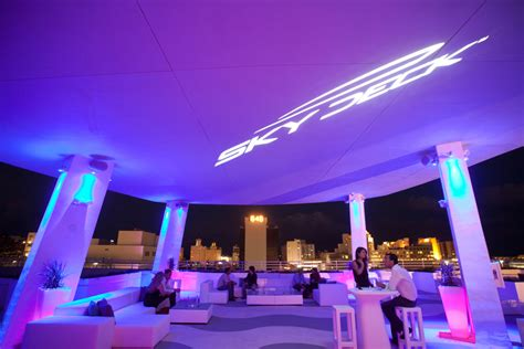 event design in miami skydeck thierry isambert culinary event design