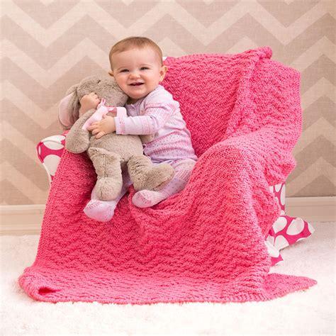 chevron baby blanket free crochet pattern from red heart knit chevron baby blanket red heart