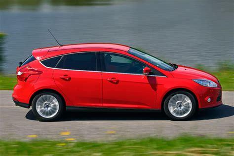 Bmw 1er Opel Astra by Opel Astra Gegen Ford Focus Und Bmw 1er Bilder Autobild De