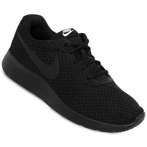 Sepatu Nike Tanjun imagenes de tenis vans design bild