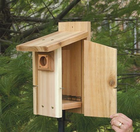 predator guard reinforced easy clean out bird house