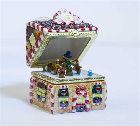 christmas house music mr christmas gingerbread house music box ornament