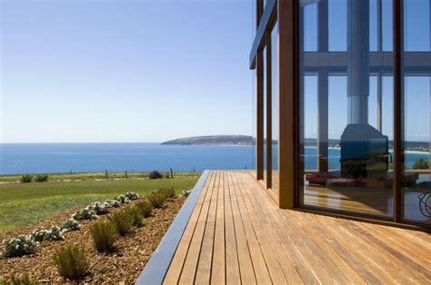 coastal house designs australia coastal house design with rear sheltered courtyard and wood fired pizza oven digsdigs