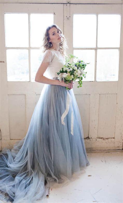 hochzeitskleid in blau 17 best ideas about blue wedding dresses on pinterest