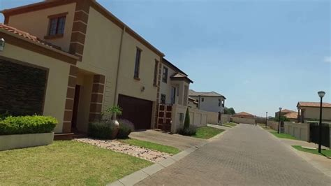5 Bedroom Homes For Sale In Michigan by 5 Bedroom House For Sale In Gauteng Midrand Carlswald