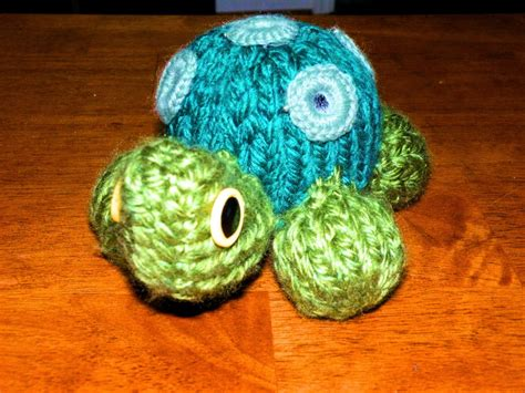 how to knit stuffed animals turtle stuffed animal pattern loomahat