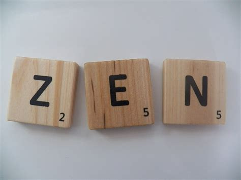 zen in scrabble photo gratuite zen lettres texte pi 232 ces image