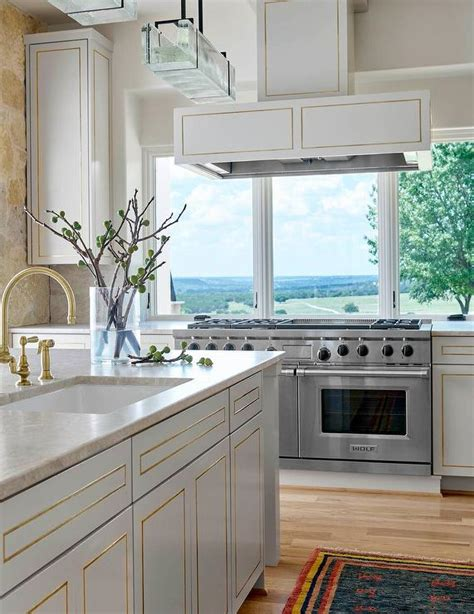 kitchen cabinets with white trim white kitchen cabinets with gold trim design ideas