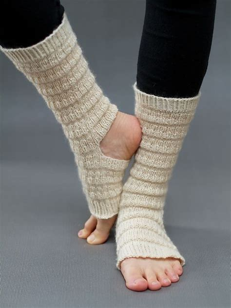 yoga socks pattern knit ravelry yoga socks pattern by belinda too knit