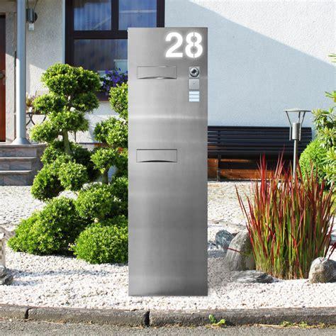 standbriefkasten mit hausnummer edelstahl briefkastensaeule beleuchtet thorwa metalldesign