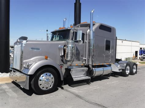 2005 kenworth for sale 2005 kenworth w900l for sale 24 used trucks from 24 600