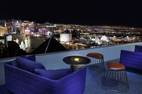bar on top of mandalay bay vegas com s south strip bar crawl excalibur luxor