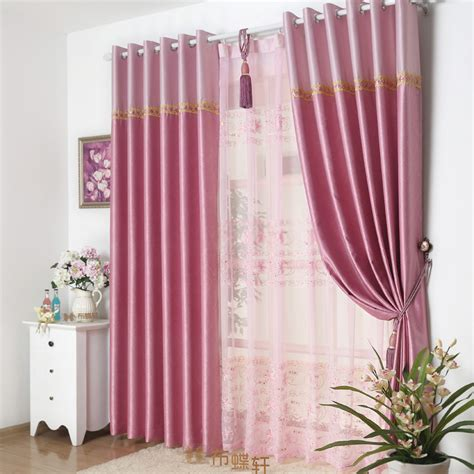 pink floral window curtains design may satisfy you