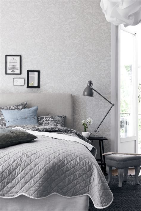 grey and white bedroom wallpaper gr 229 tt i sovrummet malin inredare