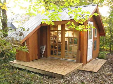Cathy Johnson S Art Shed Shedworking Studio Relaxshax S Blog Backyard Studio Plans