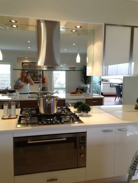mirror in kitchen 28 best mirror splashback images on pinterest kitchens