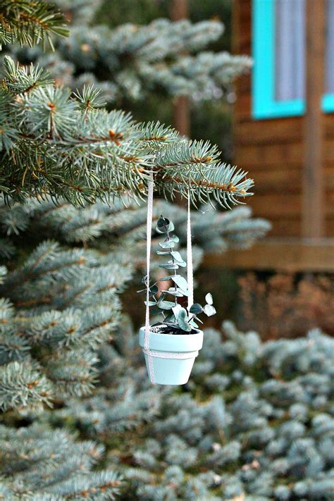 diy mini potted plant holiday ornament dans le lakehouse
