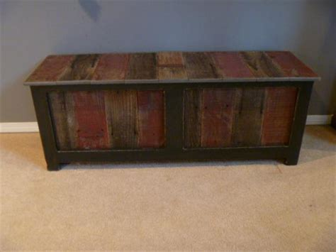 pallet storage bench diy reclaimed pallet wood bench pallet furniture plans