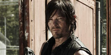 walking dead why norman reedus says you ll definitely cry in walking