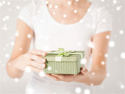 Wedding Gift Etiquette When Not Invited by Should I Send A Gift If Not Invited To The Wedding
