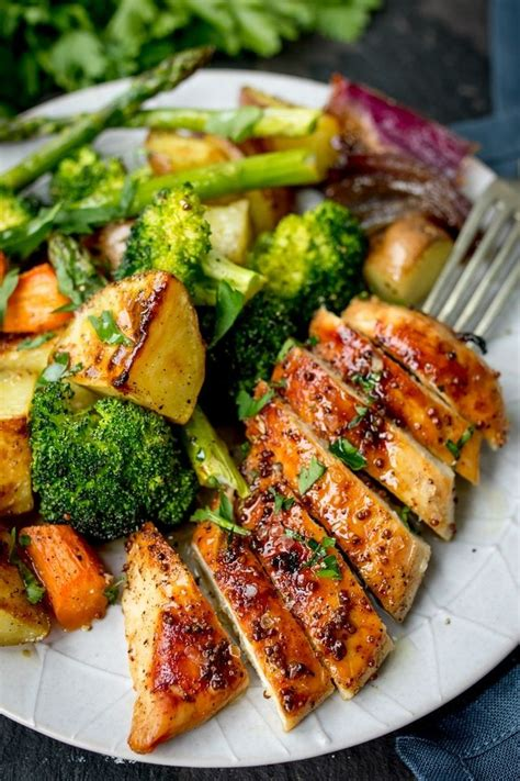 chicken meal food best 25 chicken meals ideas on recipes with zucchini breaded chicken