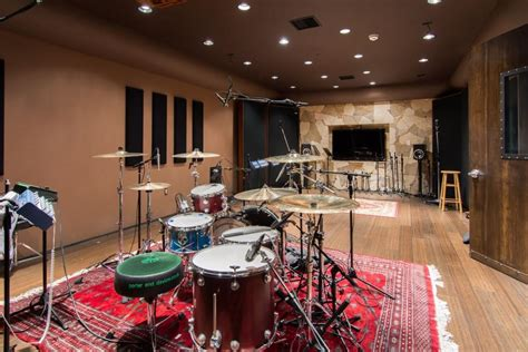 live room recording own s zen mansion in calabasas for 6 million