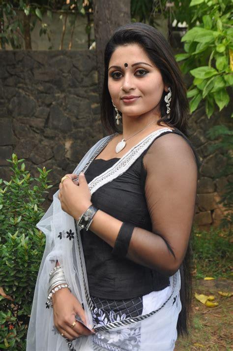 big b malayalam film actress name malayalam actress sruthi lakshmi latest hot stills in