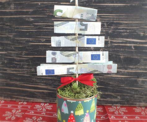 geld tannenbaum basteln zu weihnachten auf geschenke de