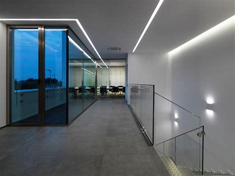 illuminazione palazzi storici illuminazione facciate edifici storici vetri fotovoltaici