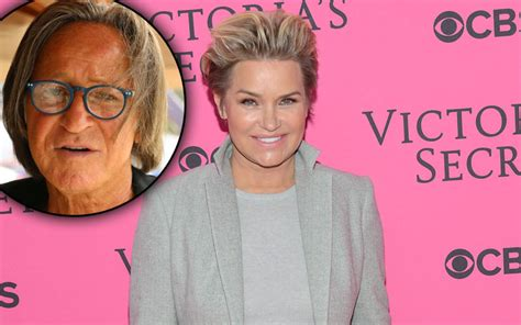 yolanda foster spending christmas with ex mohammed hadid yolanda foster won t be alone this holiday why she s