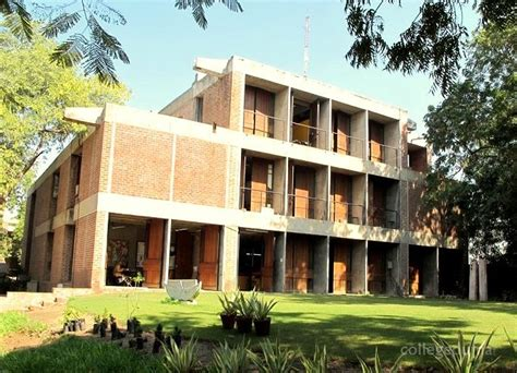Mba College Of Ahamdabad by Cept Ahmedabad Courses Fees 2018 2019